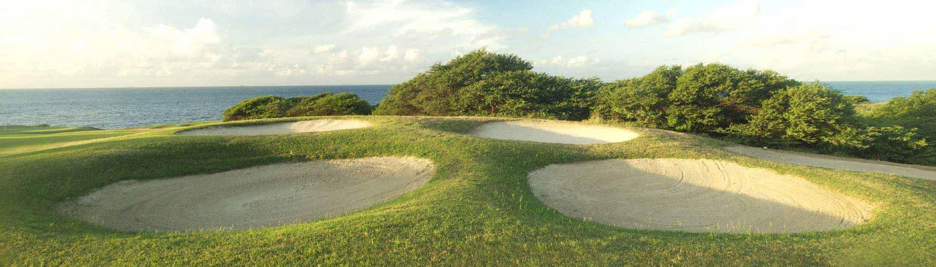 Play at the astonishing 18-holes golf course while staying at op Blue Bay Curacao